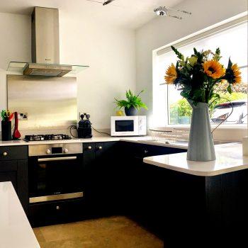 modern alderley kitchen